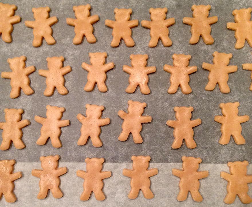 cute-hugging-bear-cookies-maa-tamagosan-2